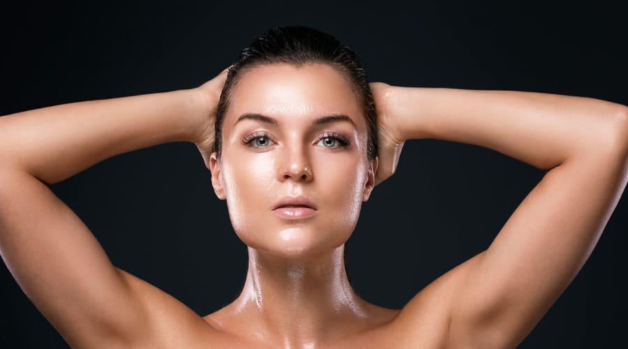 Лоснящийся блеск - признак жирной кожи
